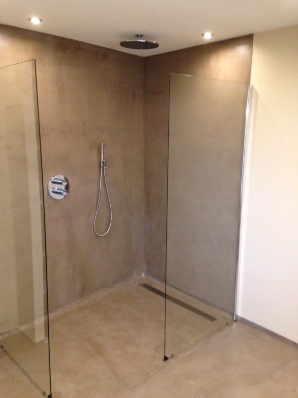 Making An Italian Shower In Polished Concrete In A Bathroom Paints And Coatings Arcane Industries